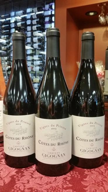 Atanas_Chateau Gigognan Cotes du Rhone 2015.jpg