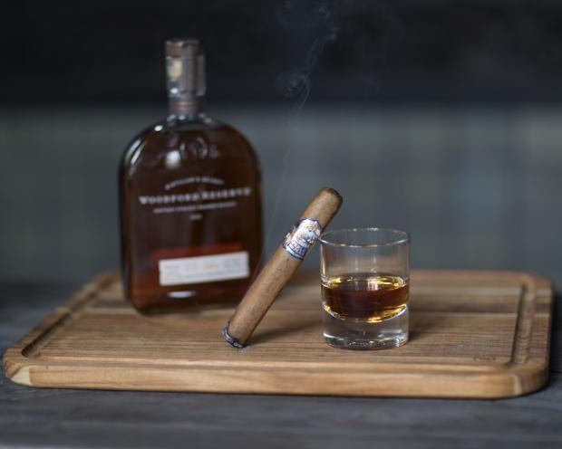 Whiskey_and_Cigar_Pairings (3 of 4).jpg