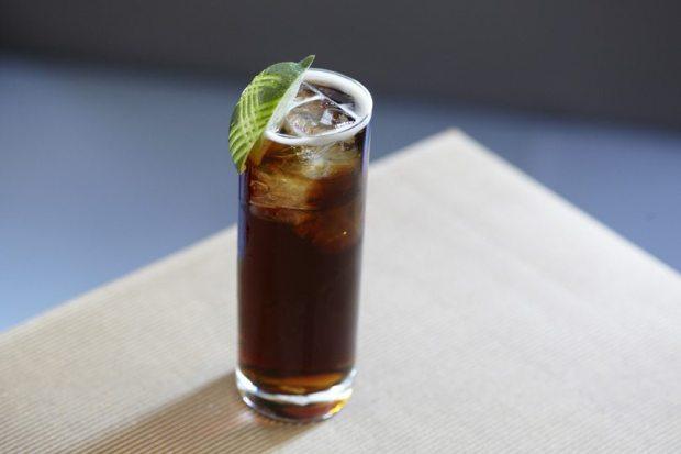 Crown-Whisky-Cola.jpg